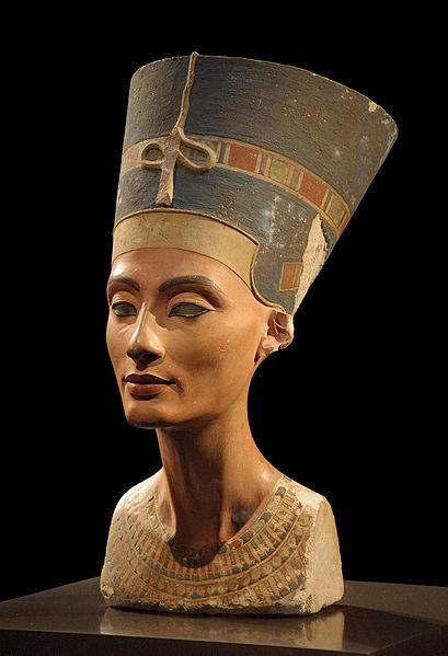 File:Nofretete Neues Museum.jpg