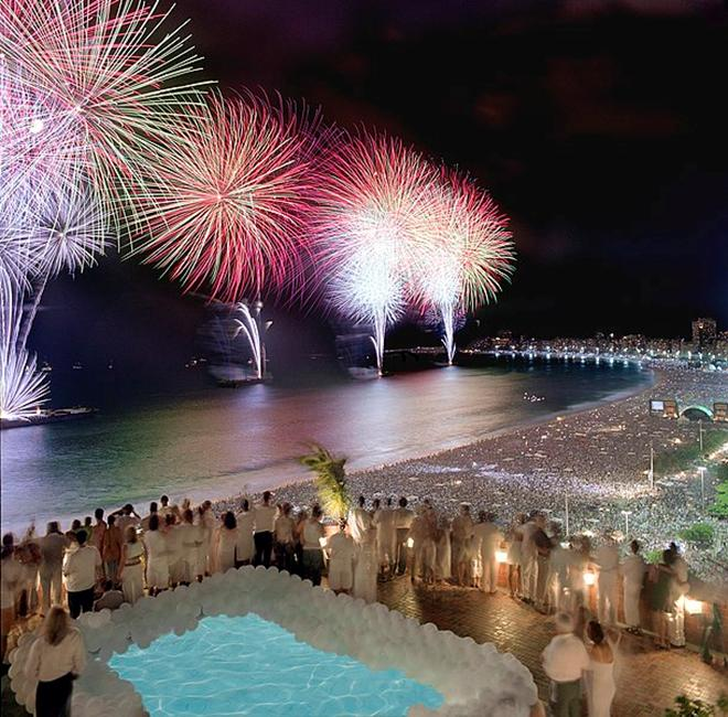 File:Rio New Year Fireworks.jpg