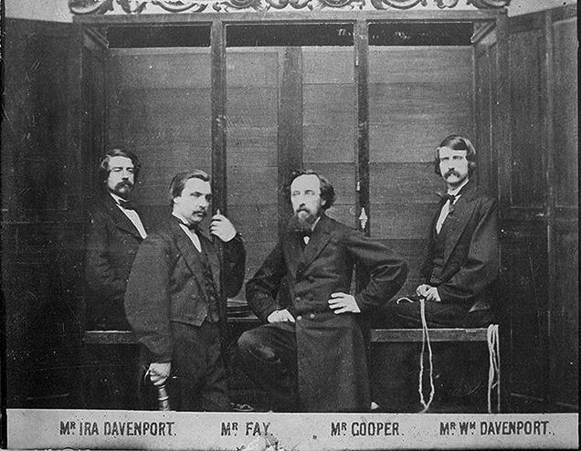 Arquivo: Davenport brothers.jpg