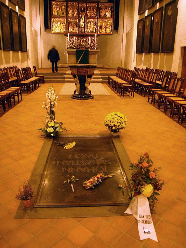 https://upload.wikimedia.org/wikipedia/commons/thumb/c/c0/Bach_Grave_Thomas_Kirche.jpg/768px-Bach_Grave_Thomas_Kirche.jpg