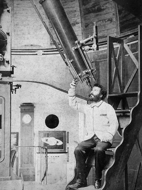 800px-Camille_Flammarion_at_the_eyepiece_of_his_9½-inch_Bardou_refractor_at_his_Juvisy_observatory